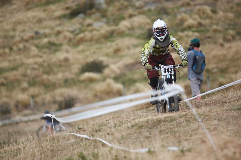 20110220_093806_NZSN6750