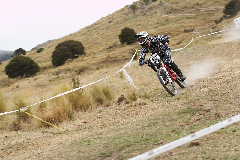 20110219_154024_NZSN6434