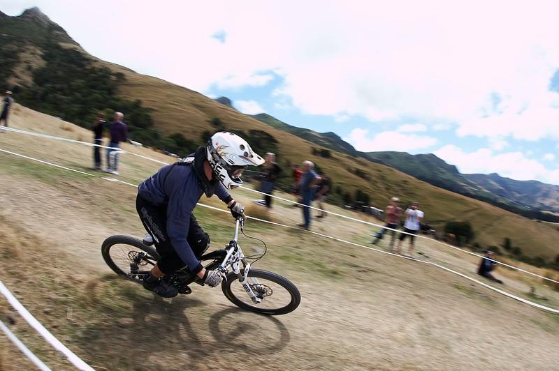 20110220_135825_NZSN7246