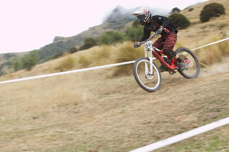 20110219_152503_NZSN6354
