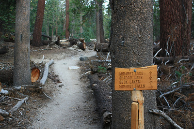 One of the trail signs showing that I am on track for my destination - Minaret Lake.