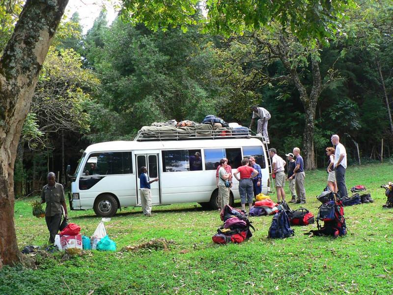 5 h drive from Nairobi - Campsite 1735m. Chogoryia (Mt.Kenia,E.Africa 2005)