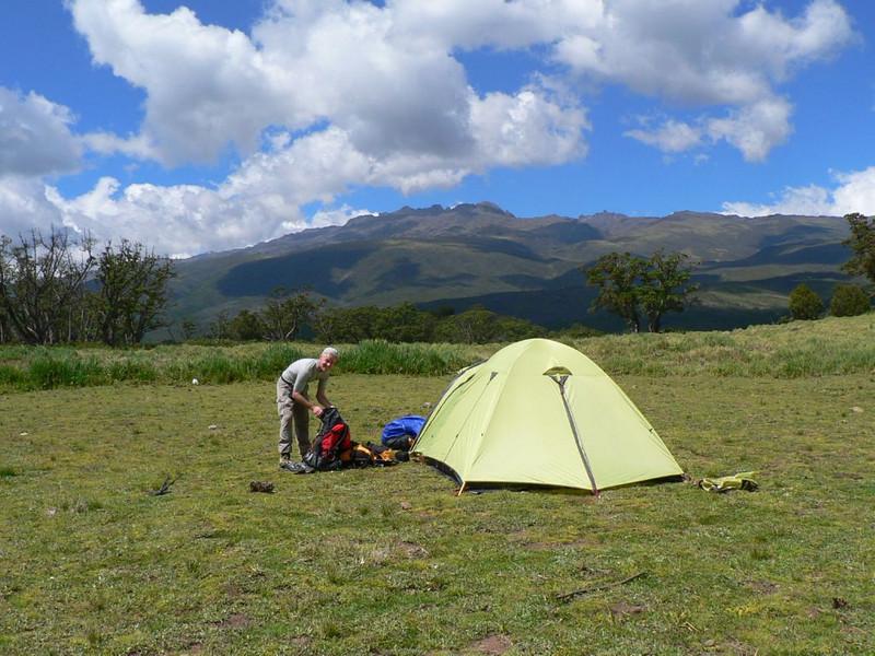 19 - 20 Dec. Park Gate Camp 2995m. (Mt.Kenya,E.Africa 2005)