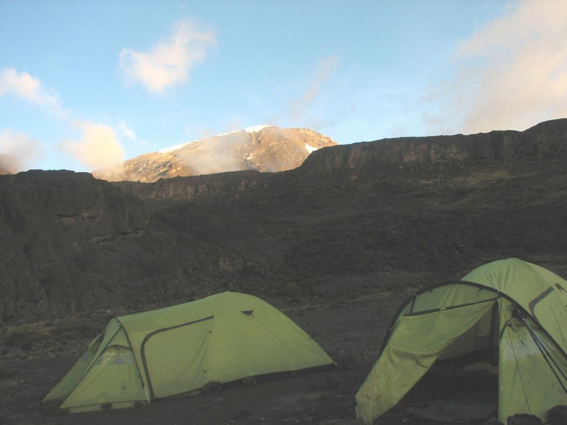 28 - 29 Dec. Camp Shira 2 with Arrow Glacier of the Kili (Kilimanjaro, Tanzania 2005)