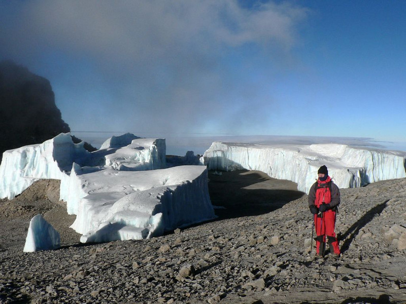 Glaciers near the summit of the Kili (Kilimanjaro, Tanzania 2005)