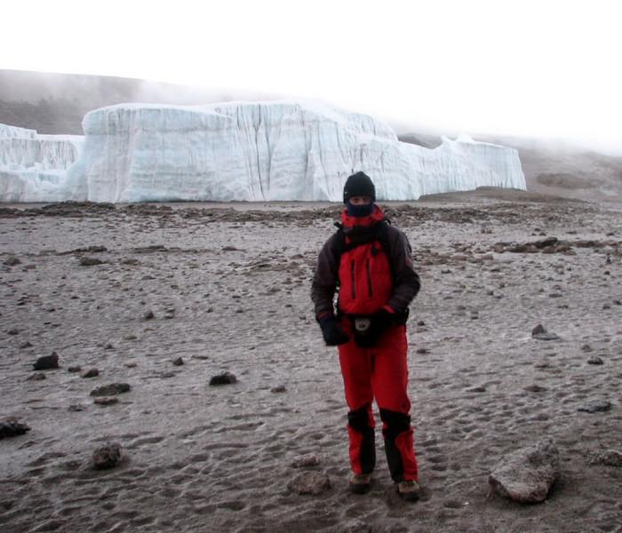 ascent Kilimanjaro 5895m. (Kilimanjaro, Tanzania 2005)