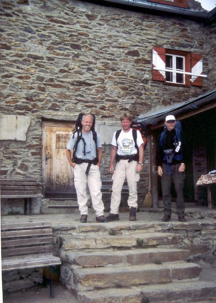 Ramolhaus AV 3006m. 15 - 16 Aug. (trainingtrek Otztal, Obergurgl - Vent , Austria 14 - 18 Aug.1999)