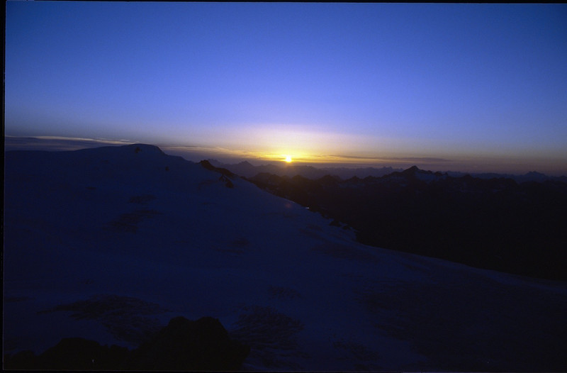 sunset from the Dahmanspitze 3401m. (Vent, C1 course: rock and ice and tour, 1999)