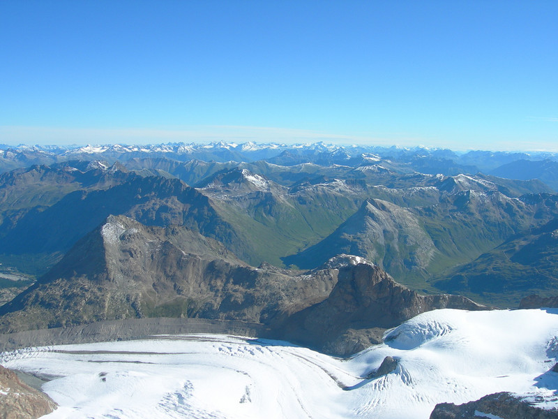Vadret Pers glacier with Munt Pers, Diavolezza and Piz Trovat (view in N direction)