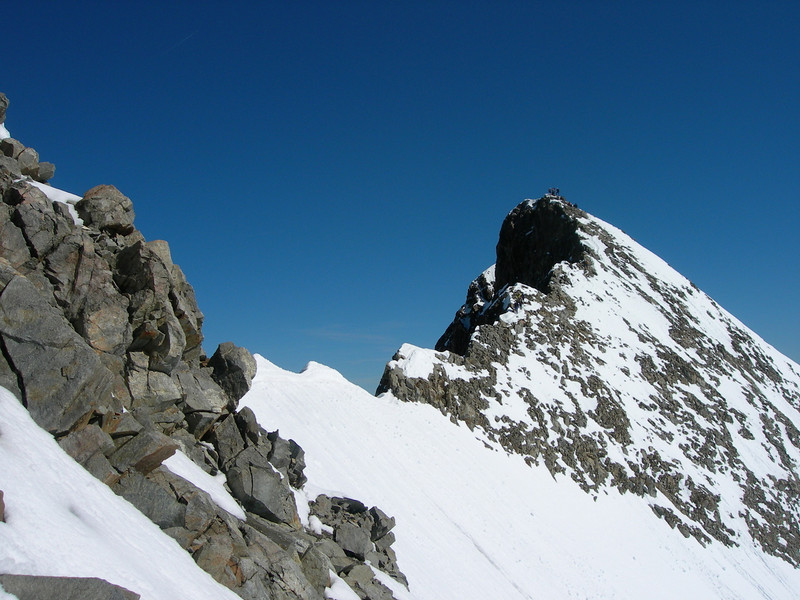 subsummit La Spedla 4020m. and mainsummit Piz Bernina 4048m.