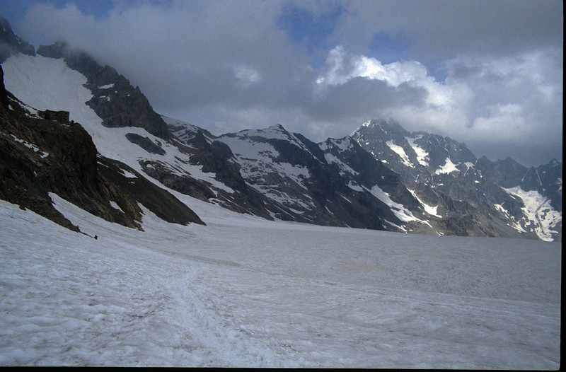 Refuge Glacier Blanc and Glacier Blanc (the Ecrins 1992)