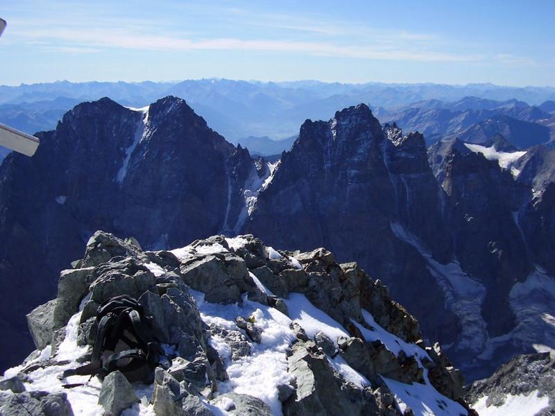 Summit of Barre des Ecrins 4102m.