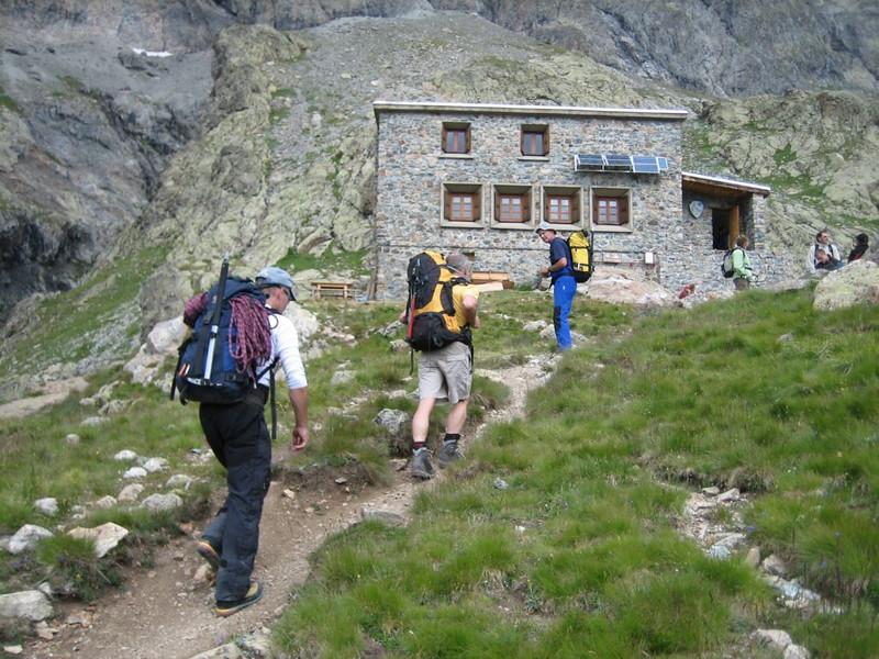 ascent to Ref. du Pelvoux CAF 2700m.