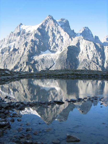 Mont Pelvoux 3943m. (Point 2438.)