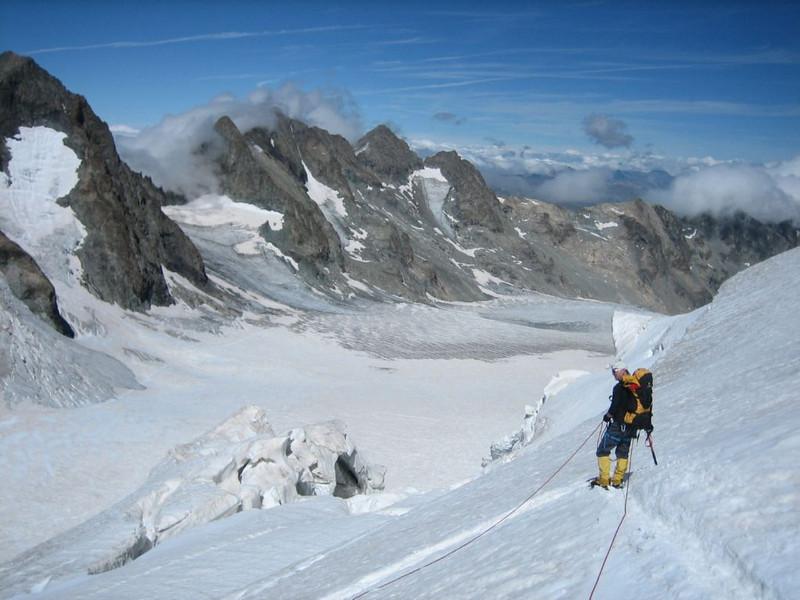 descent of Barre des Ecrins 4102m