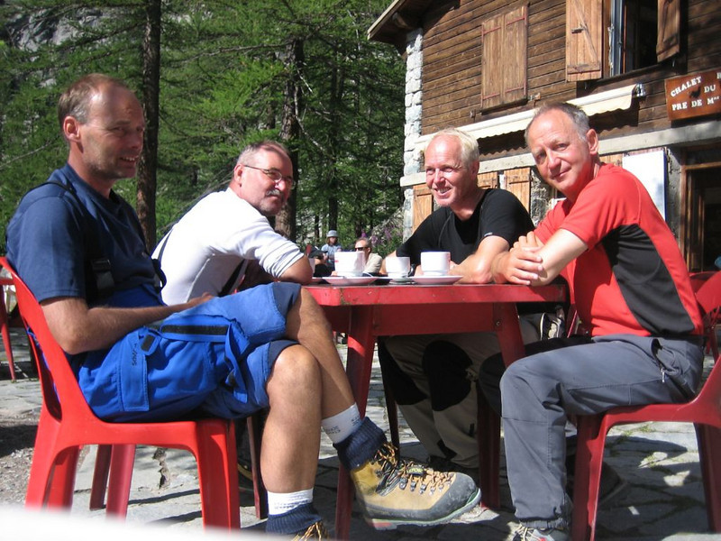 Refuge Cezanne CAF 1874m.and rest day in Ailefroide (Parc National des Ecrins)