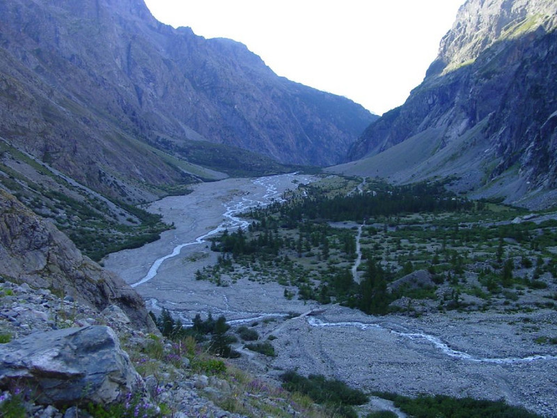 Tasch-Martigny-Gran St Bernard-Aosta-Briancon-Ailefroide (Ref. Cezanne 1874m. Parc National des Ecrins, France)