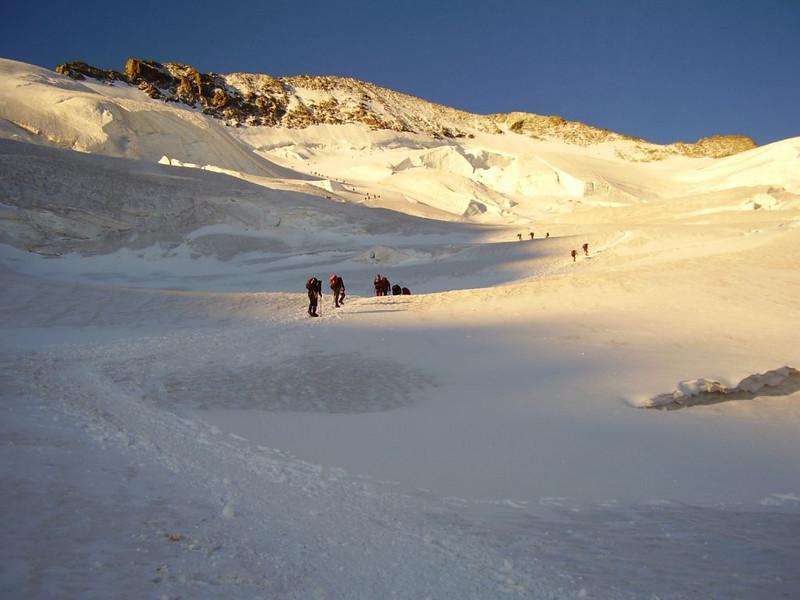 (ascent to Barre des Ecrins 4102m.)