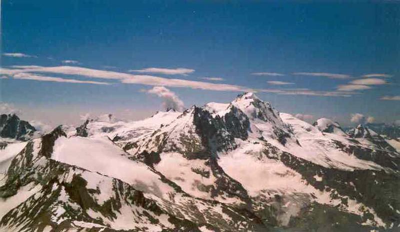 view from the Becca di Monciair with Ciarforon 3642m. and Gran Paradiso 4061m. (Gran Paradiso, Italy 2002)