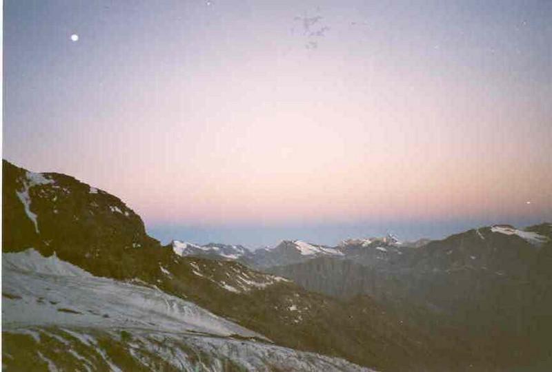 27 July 5.00 AM     Rif. Shabod 2750m. - Gran Paradiso 4061m. (Gran Paradiso, Italy 2002)