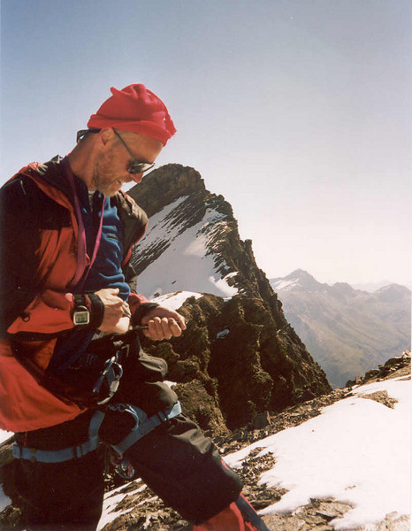 Insuline injection (Gran Paradiso, Italy 2002)