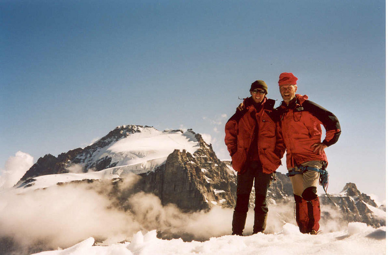 29 July 11.00 AM summit of the Ciarforon 3642m with in the background Gran Paradiso (Gran Paradiso, Italy 2002)