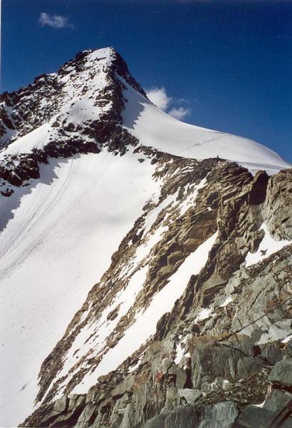 view from the Erzhertog-Johann-Hutte OAK 3454m. on the Klein- and Gross Glockner 3798m. (Gross Glockner 2000)