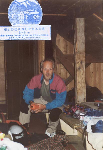 lager, Glockner Haus OAV 2149m. (Gross Glockner 2000)