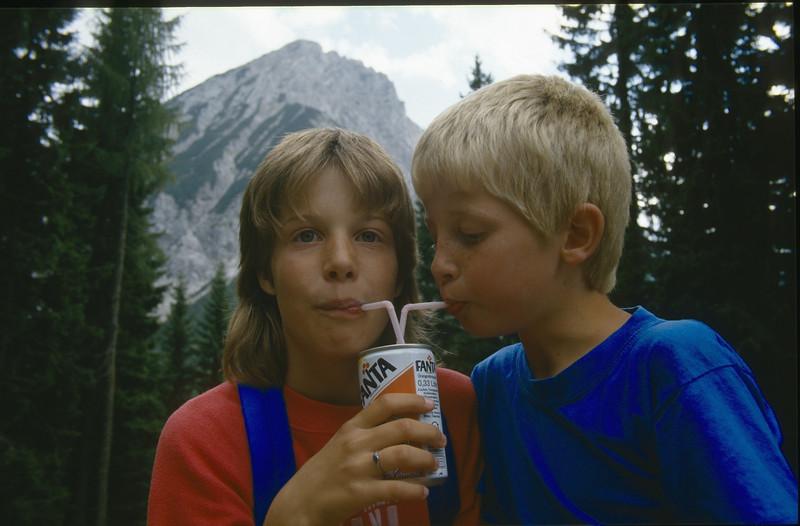 Saskia & Jeroen (Karawanken Austria 1987)