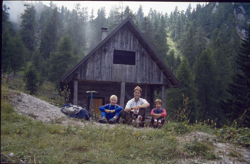 Almhut Mitzl-Motzl-Moitzl Hut 1525m. (Karawanken Austria 1987)