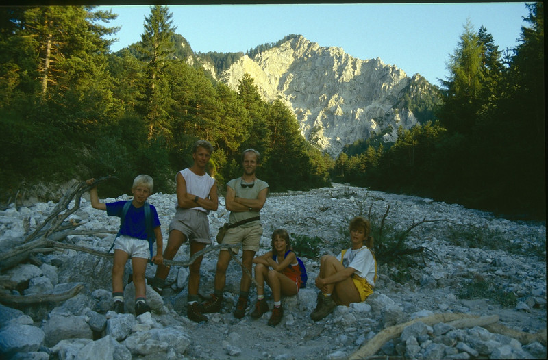 13 Aug. ascent Ferlacher Spitze with Jeroen, Paul, Marijn, Saskia and Marianne (Karawanken Austria 1987)