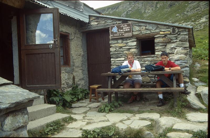 Rif. du fond d' Aussois CAF 2324m. (La Vanoise, France 1998)