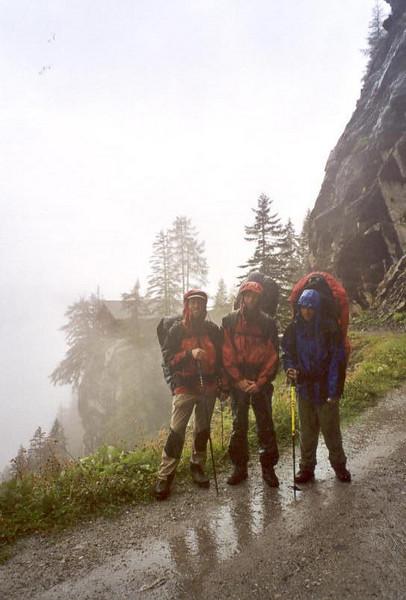 5 Aug.  Karlsbader hutte OAV 2260m.--Egerlanderweg--Dolomietenhutte 1620m. (Lienzer Dolomites, C II course Rockclimbing 2000)