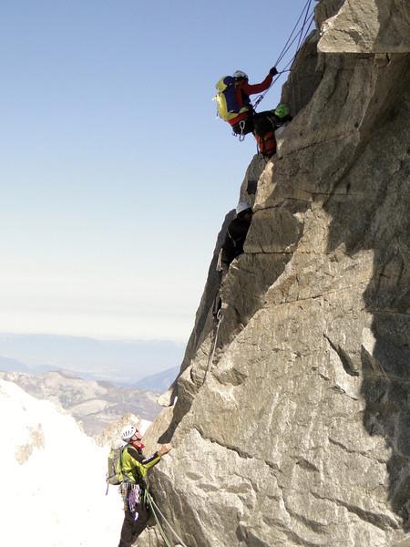 Climbing the Dent du Geánt 4013m, Refuge Torino, Italy 3338m - Arête de la Rochefort 3928m ( Rochefort ridge)