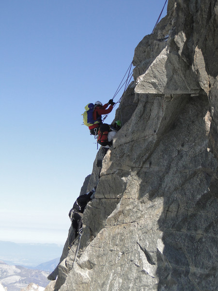 Climbing the Dent du Géant 4013m,Route: Refuge Torino, Italy 3338m - Arête de la Rochefort 3928m ( Rochefort ridge)