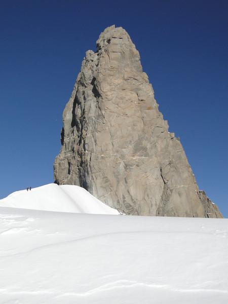 Dent du Geant 4013m, route Refuge Torino, Italy 3338m - Arête de la Rochefort 3928m ( Rochefort ridge)