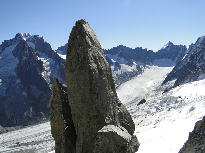 Punte.... and Mont Dolent 3819m, three country border