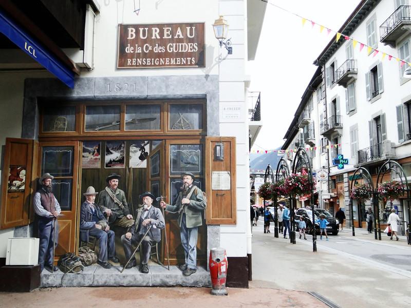 Wall painting of famous mountaineers, Chamonix