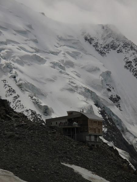 Glacier de Bionnassay with Refuge de Téte Rousse 3167m C.A.F.  route Nid d'Aigle 2365m - Refuge du Goûter C.A.F. 3817m