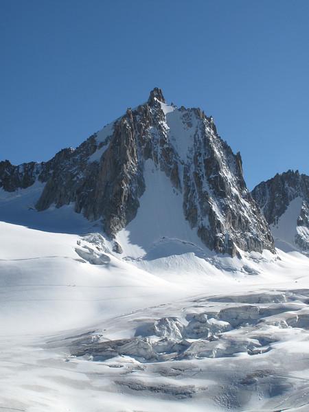 Tour Ronde 3798m, Helbronner 3462m - Aiguille du Midi 3842m (Telecabine Vallée Blanche)