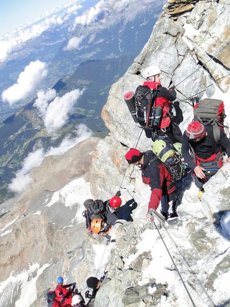 Busyness during descending Refuge du Gouter 3817m