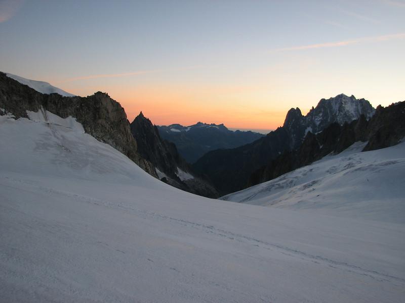 La Valée Blanche, route: Refuge Torino, Italy 3338m- Tour Ronde 3792m v.v.