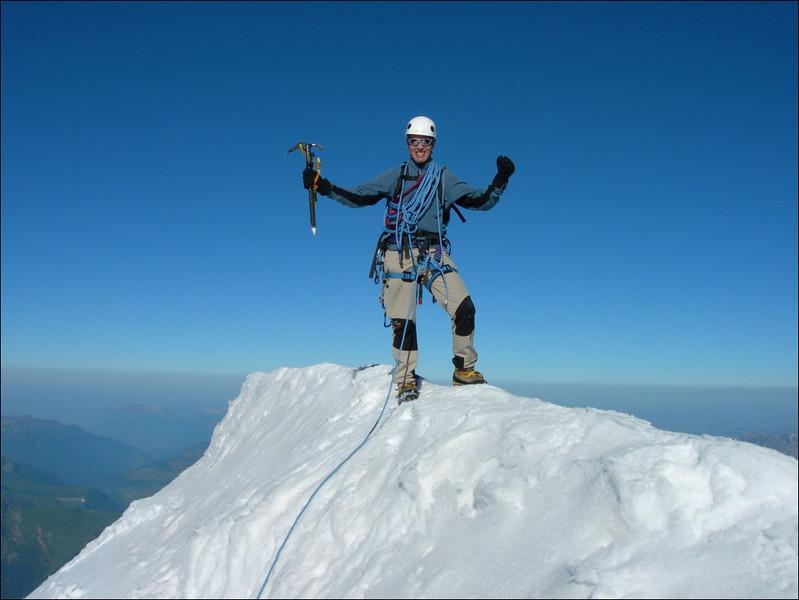 summit of Aig. de Bionnassay 4052m. (montblanc2005)
