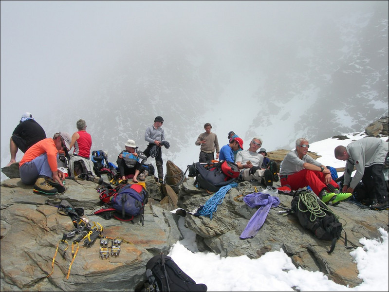 guests of Ref. Durier 3358m. (montblanc2005)