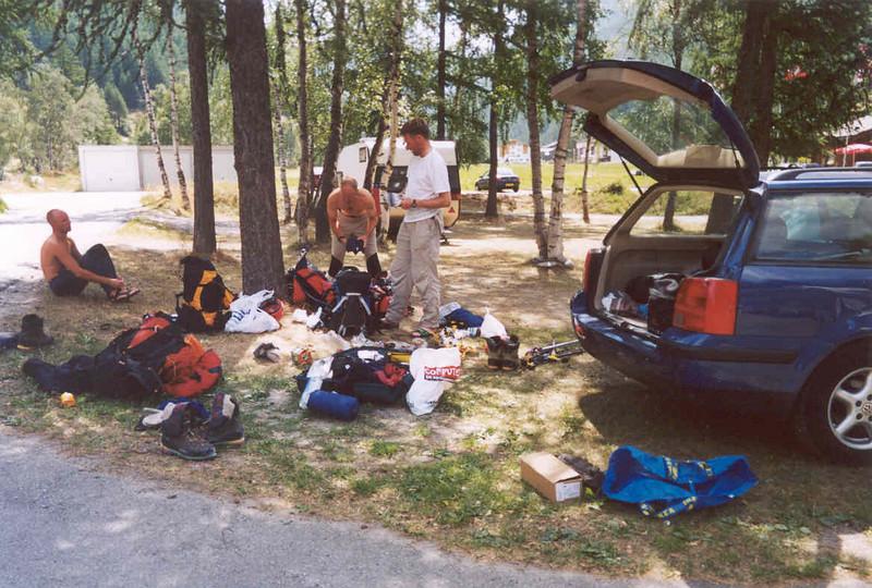 8 Aug. camping Mischabel Saas Grund (Wallis,  2003)