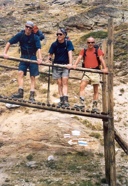 14 Aug. Hannig 2336m. -- Mischabel hutte AACZ 3329m.  (Wallis Mischabel 2003)