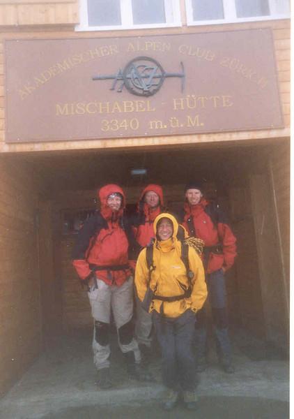 15 Aug. depart Mischabel hutte 3329m. - Hannig 2336m - Saas Fee (Wallis,  Mischabel 2003)