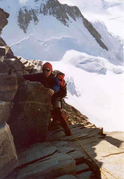 ascent Dufourspitze with Liskamm. (Wallis,  2003)