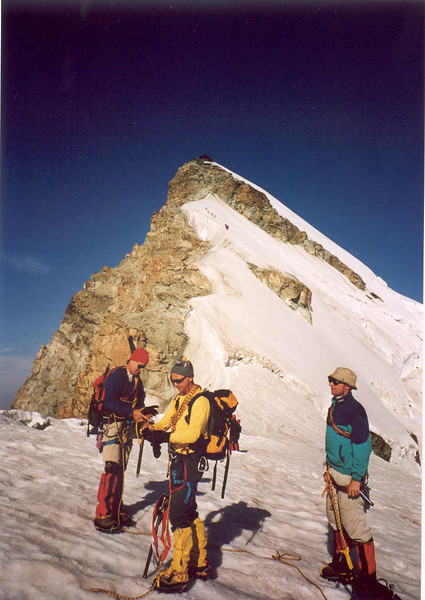 ascent  Allalinhorn via Sattel Hohlaubgrat (Wallis, Mischabel 2003)