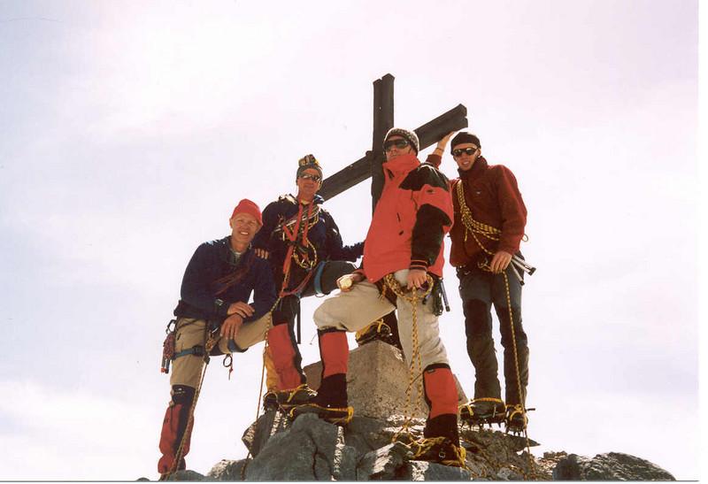 7 Aug. 12.25 PM   summit Allalinhorn 4027m. (Wallis, Mischabel 2003)